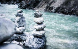 Fluss und Fels